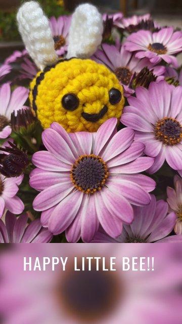 Happy little bee!!